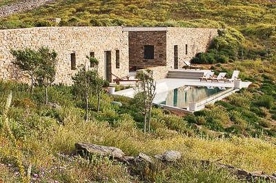 House in Antiparos by Thomas Boxiadis photo Ckive Nichols