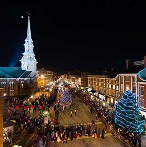 americas best towns for the holidays articles travel leisure christmas - Best Places To Travel For Christmas