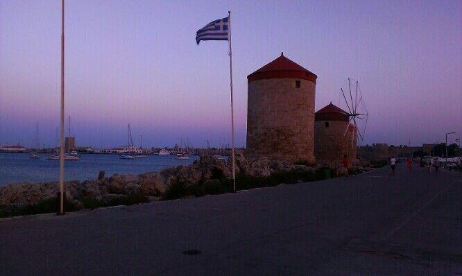 Λιμάνι Ρόδου (Rhodes Port) στην περιοχή Ρόδος