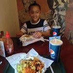 That Zapatista life with Fynn. #Nachos #Burritos #FoodPorn#Zapatista / 285 days ago around 7AM on Fri Jun  6 07:59:21 2014 © http://instagram.com/p/o5twnUJCse/