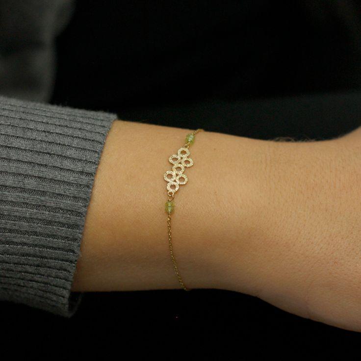 Gold bracelet, 14K solid gold, peridot beads, small bracelet, bridesmaid bracelet, August Birthstone, AB001 by KyklosJewelryLab on Etsy