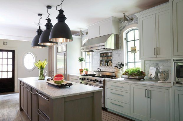 white kitchen cabinets taupe walls 390 best kitchen images on 28942