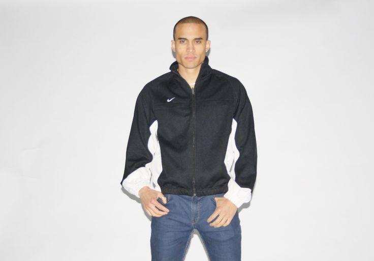 Nike Black and White Colorblock Zip Up Athletic Jacket - NE – Vanguard Vintage Clothing