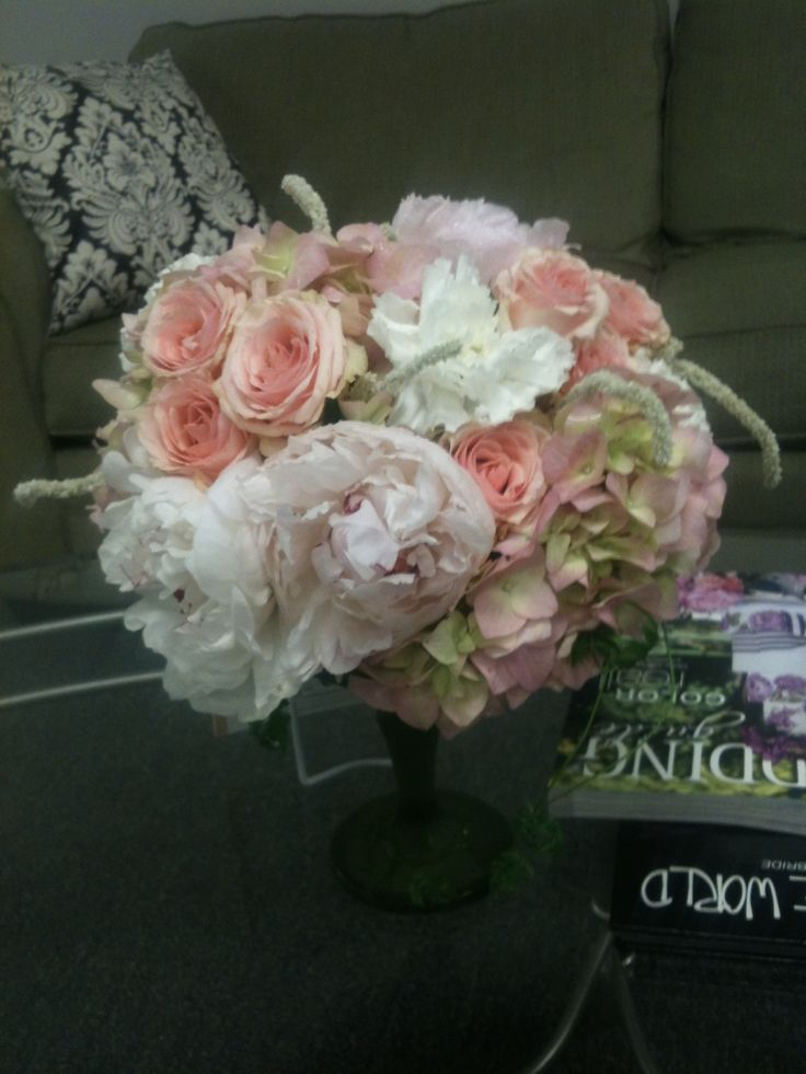 #Bridal flowers, Star blush spray roses, pink peonies, hydrangea, white carnations which smell amazing and some funky amaranthus that looked like pipe cleaners but gives a #velvet, touch to the piece