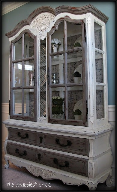 China Cabinet, Only Blue & White Instead