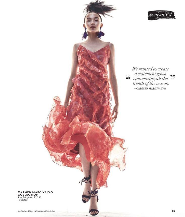 модели Ксиао Уэн Ju Кармен Марк Валво рукава Цветочного Шелк рюши платье