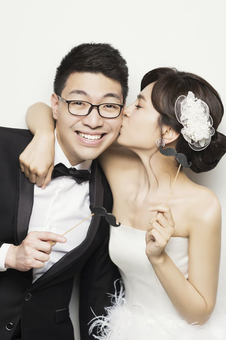 Engagement photos at Wonkyu Studio, Seoul, Korea