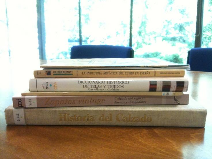 #herramientas de trabajo: libros de papel en la era digital ;-)