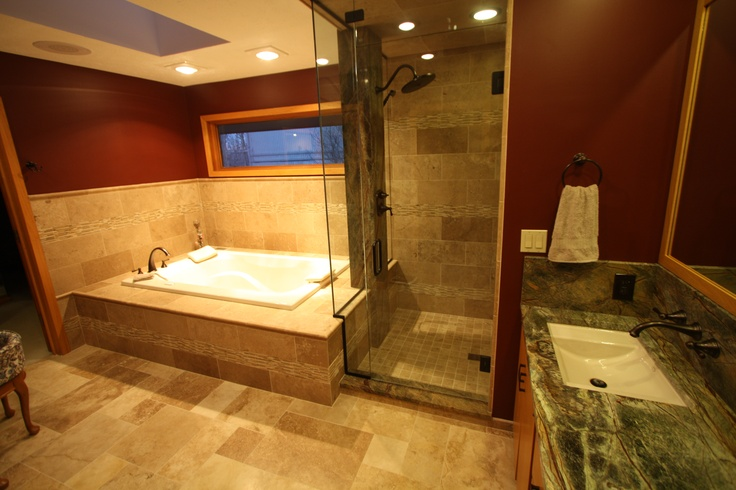 Master Bathroom With Travertine Tile And Exotic Granite Counter Tops Luxury Bathrooms