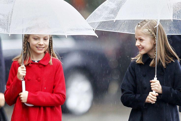 Ce midi, la famille royale a assisté au défilé militaire en l'honneur de la fête nationale, à Madrid. Puis, une réception au palais royal a...