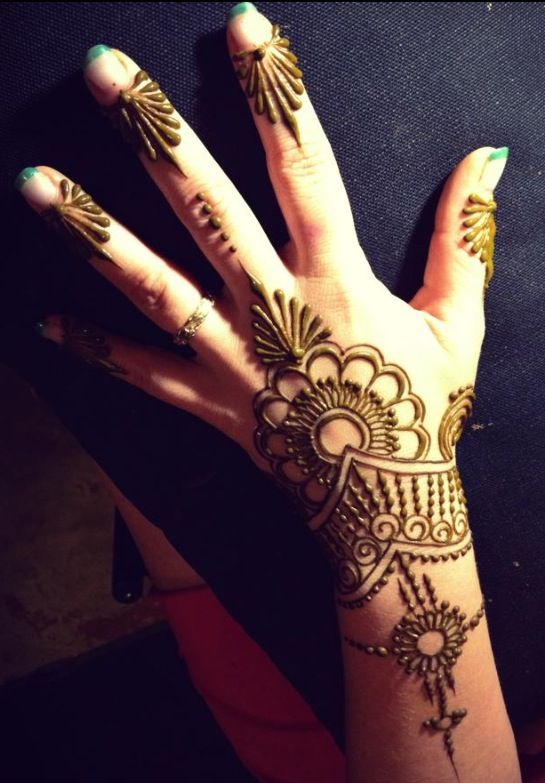 Quick Mehndi Patterns : Best quick henna designs for festivals images on