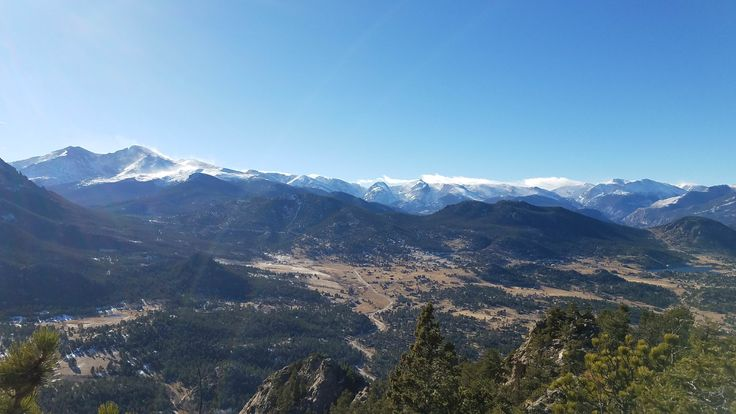 Hiking Kruger Rock - Estes Park CO - Looking into RMNP #hiking #camping #outdoors #nature #travel #backpacking #adventure #marmot #outdoor #mountains #photography