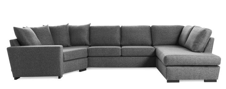 Friday är en rymlig soffa med bra komfort och lite högre ryggstöd. Denna variant är en 2-sits soffa med cosy hörn till vänster och divan till höger med plymåer i ryggen. Du kan välja på olika armstöd och om du vill ha höga eller låga ben. De högre benen underlättar vid städning, samtidigt som det blir lättare att resa sig ur soffan. Friday finns att få i många tyger, läder och färgkombinationer. Köp gärna till en eller flera nackkuddar.