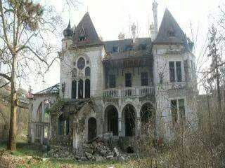 Abandoned.......haunted...