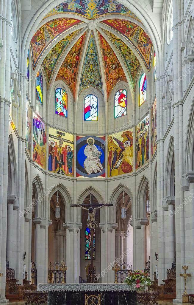 Catedral De La Almudena Madrid Catedral Arquitectura