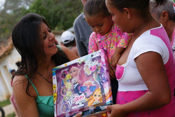 Entrega de Juguetes a los niños y niñas de Duaca