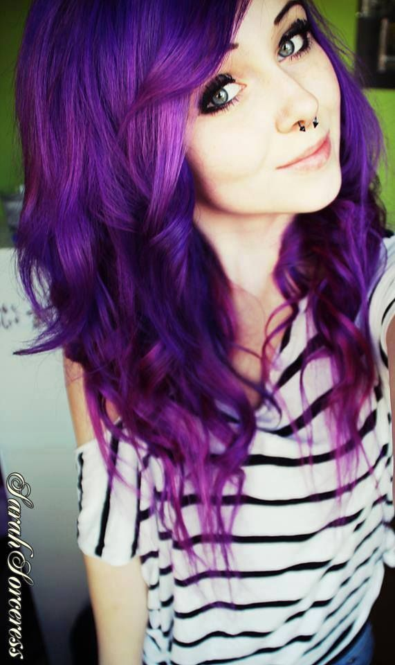 purple hair looks amazing <33