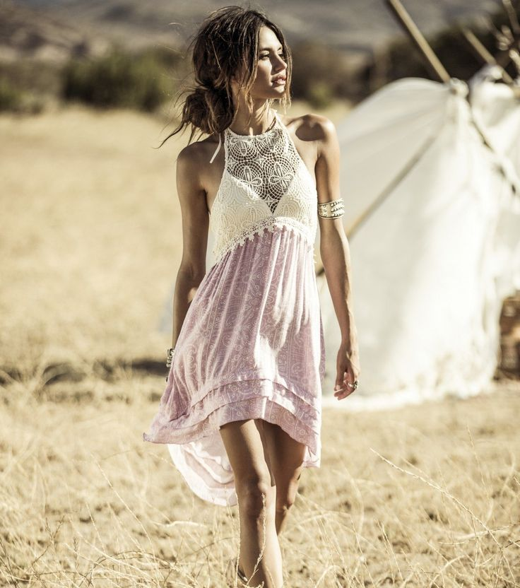 Obsessed with the Anna Sui Ella dress! This is the perfect dress for FireFly festival ! #idlovetohavethisdress #roamfree