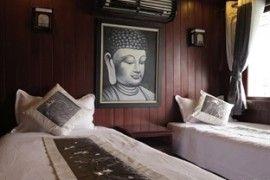 Twin cabin of Phoenix Cruise