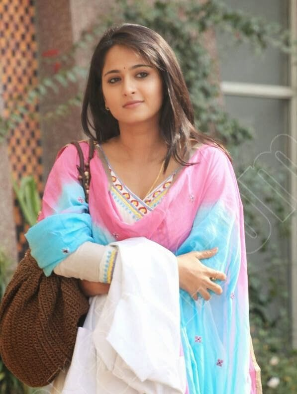 Anushka Shetty- anushka,anushka hot,anushka photos,Latest News,movies,Wallpapers,Photos, Videos: anushka shetty wiki