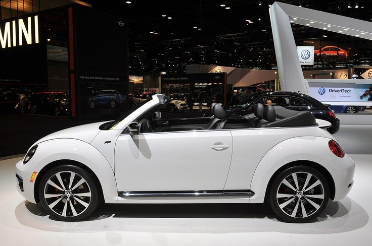 2014 Volkswagen Beetle Convertible R-Line: Chicago 2013