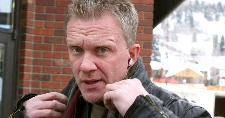 Breakfast Club Star Anthony Michael Hall Sentenced for Assaulting Neighor -- Anthony Michael Hall hasn't been the best neighbor lately as he breaks a man's wrist and gets convicted of assault. -- http://movieweb.com/anthony-michael-hall-convicted-assault/