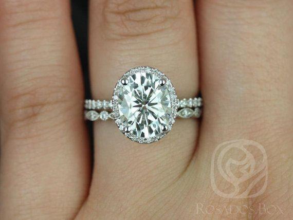 Rosados Box Federella Ultra Petite Bead Eye White Gold Oval FB Moissanite And Diamond Halo Wedding Set