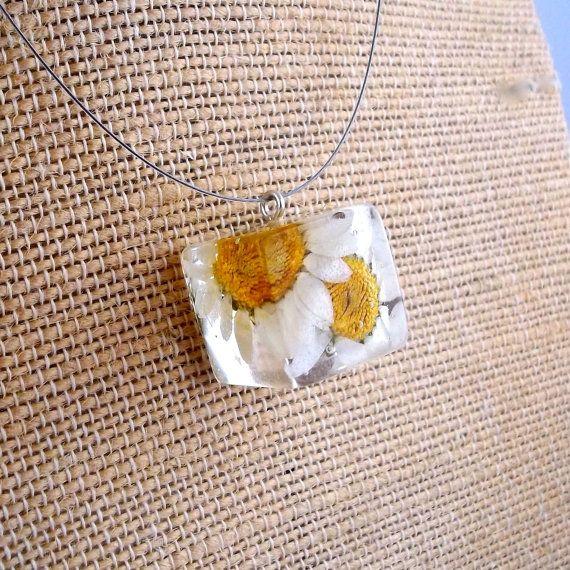 Daisy Resin Cube Necklace. White Pressed door SpottedDogAsheville