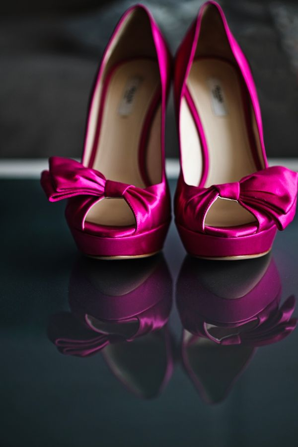 FUSCHIA SHOE i have died and gone to heaven... Brides never be afraid of color!!!! this bride slays with these amazing heels... Photographer: Nadia D Photography