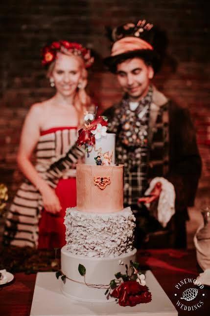 Wedding cake by Marangona | Alice in Wonderland cake | www.marangona.hu