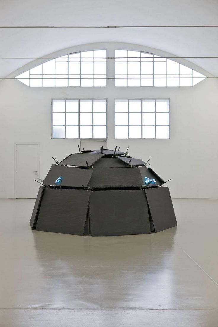 Mario Merz, Continent to Continent, 1993.