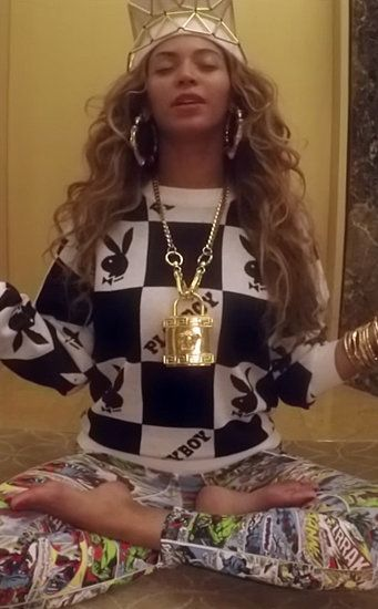 """All hail Queen Bey's #flawless style in her """"7/11"""" music video."""