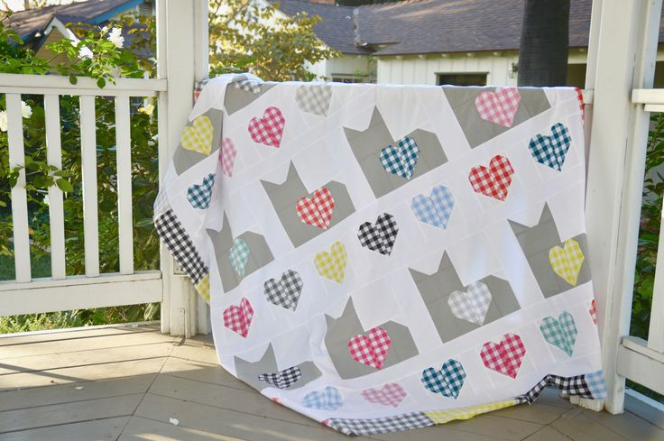 "Cat quilt block with gingham hearts.  ""I Love Cats"" quilt pattern."