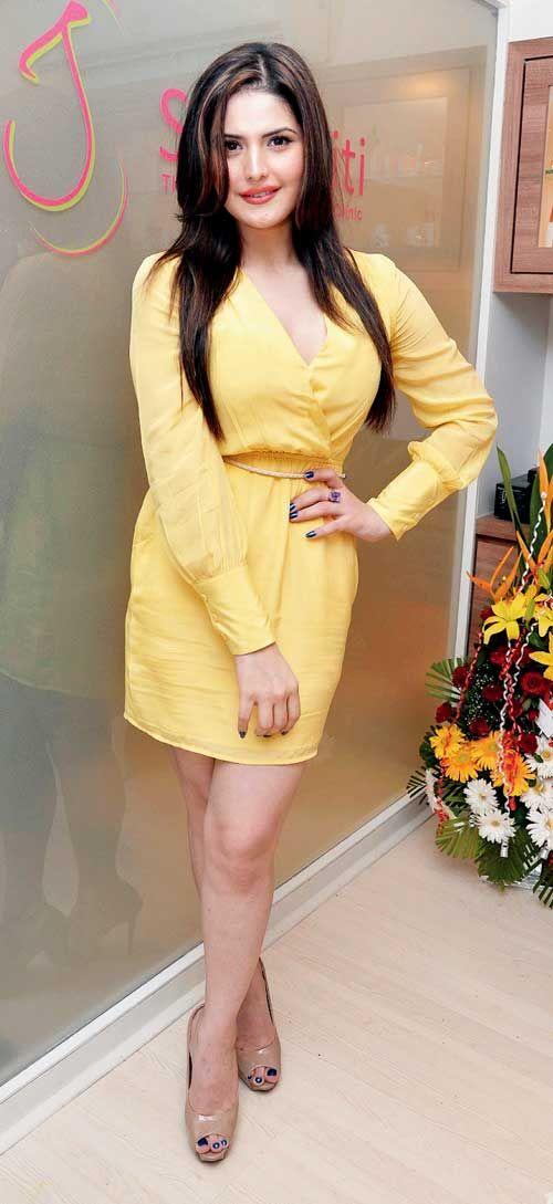 Zareen aka Zarine Khan #Bollywood #Fashion