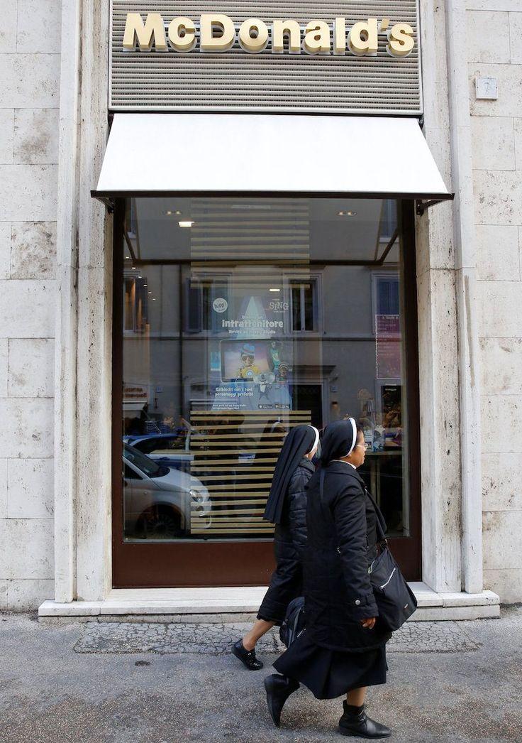 Perché McDonalds incurante dei cardinali è riuscita ad aprire vicino al Vaticano?