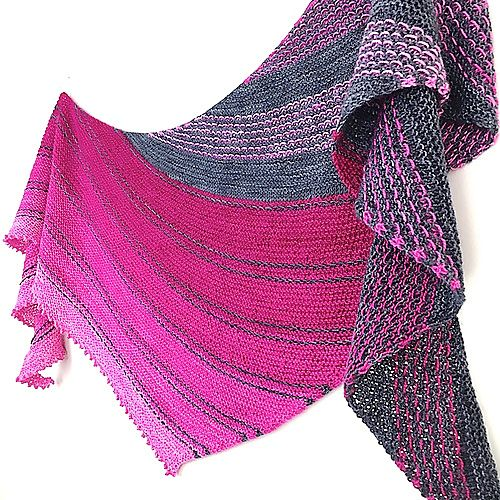 Ravelry: Black to the Fuchsia pattern by Casapinka