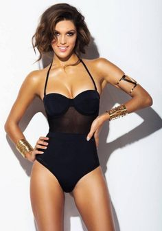 Iris Mittenaere : Découvrez les photos sexy de Miss France 2016