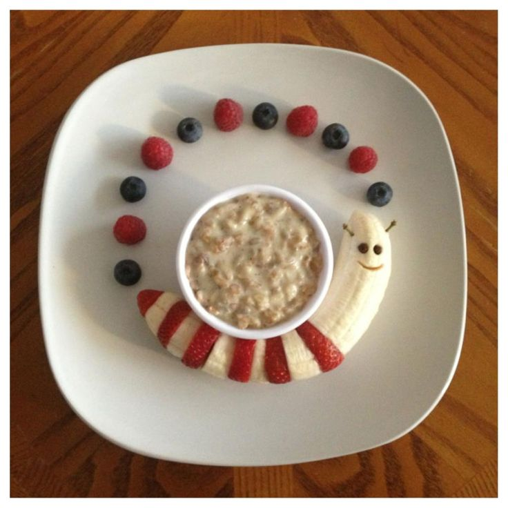 Banana caterpillar Berries and Organic Cereal | Paleo Kids Creative Meal Art Ideas | Thanks to Gabriela Fischer of Fun Meals 4 Kids for these terrific food sculptures featuring bananas and other nuritious & delicious foods! Gabriela is devoted to promoting nutrition education & healthy lifestyles, including coming up w/ amazingly fun ways to get kids to eat more fruits & veggies. For still more great photos displaying Gabriela's creative culinary genius, visit: Fun Meals 4 Kids on Facebook.