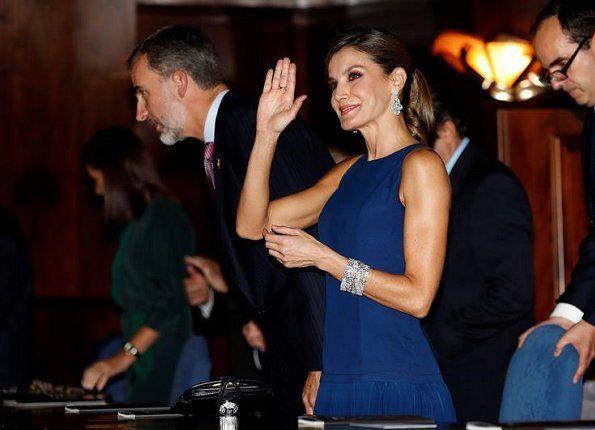 http://www.newmyroyals.com/2017/10/king-felipe-and-queen-letizia-attend.html