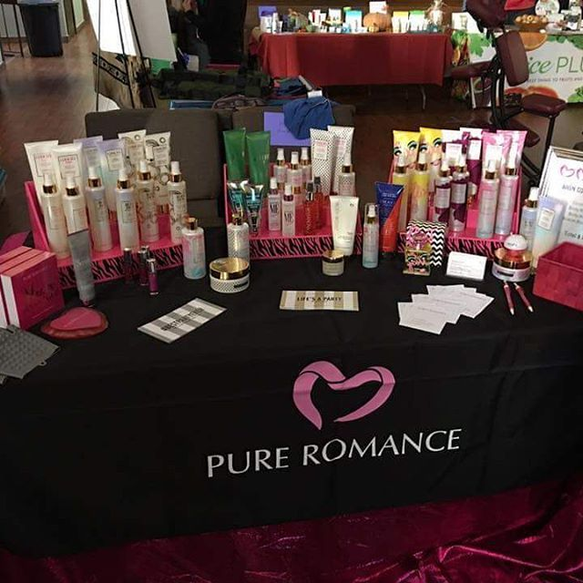 Thank You Heather Scott For Posting This Fabulous Picture Of Your Vendor  Table! Look At How Much Room She Saved On Her Table By Using Stack Displays!