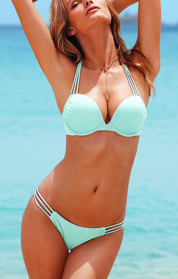 I really like this bikini, the color is great and I really like the strappiness.