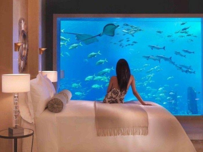 chambre à coucher avec aquarium mural pas cher