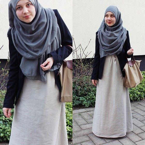 Inayah Abaya, Longchamp Bag, H Blazer, Barakah  Hijab