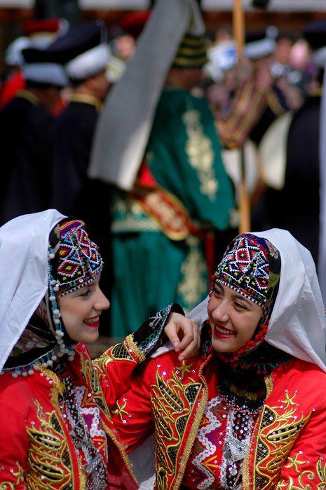 Bursa'nin gulen yuzleri - Osmangazi, Bursa / tradinational turkish clothes