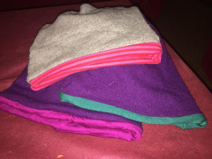 Cappellini con maglioni riciclati!