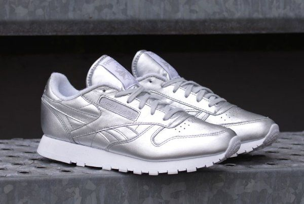 Reebok Classic Leather Silver                                                                                                                                                                                 Plus