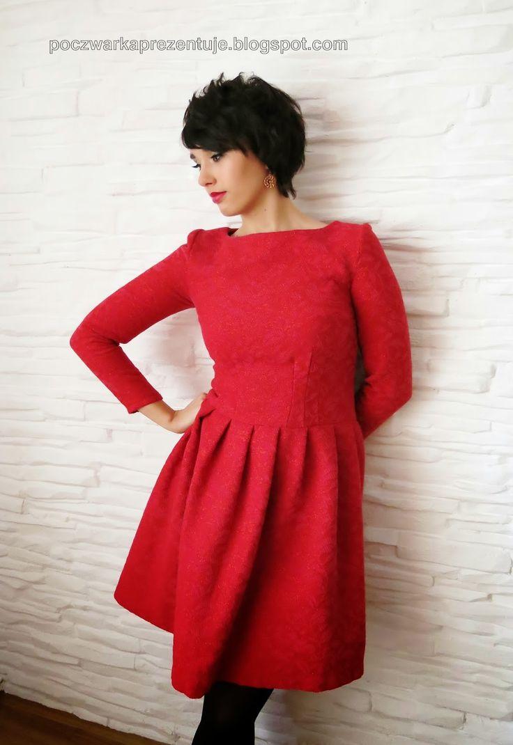 Poczwarka Prezentuje... czerwona sukienka urodzinowa