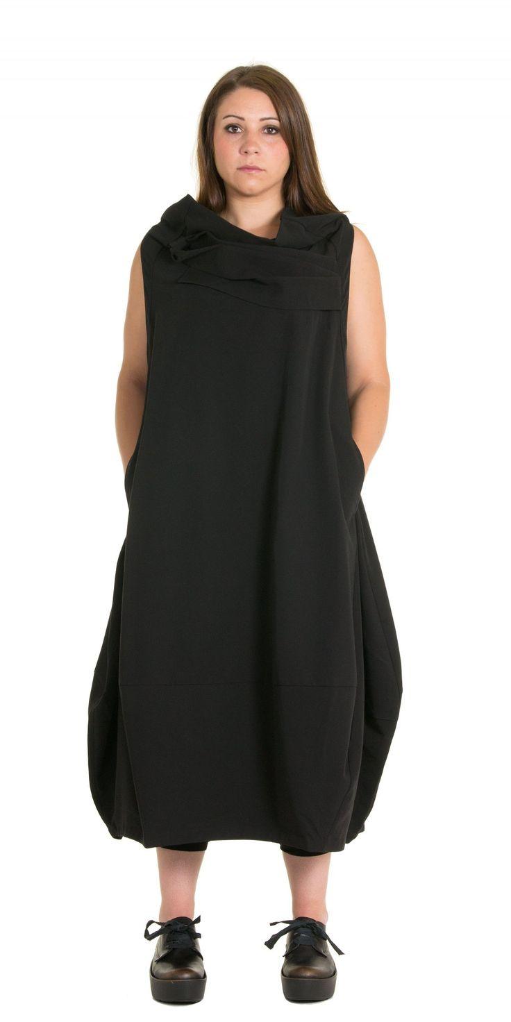 Moyuru Stunning Strap Dress