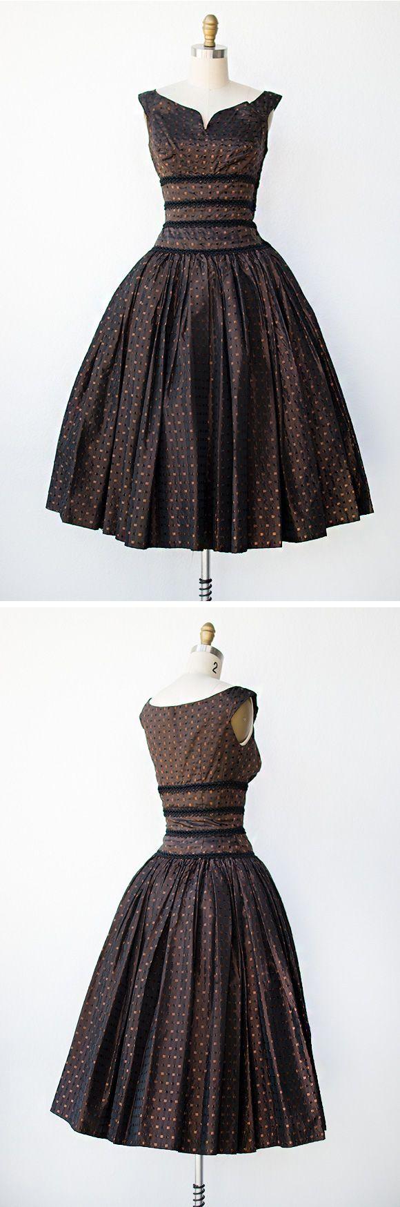 vintage 1950s dress   Chocolaterie Dress
