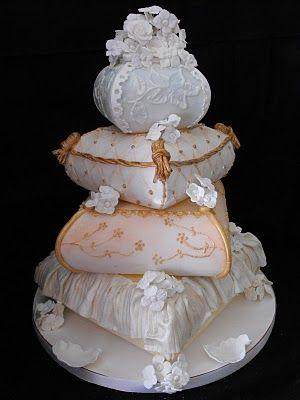 Denver Designer Cakes: Denver Pillow Cakes